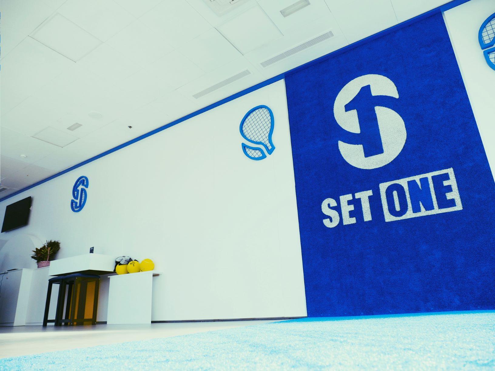El Club de Pádel y Fitness «Set One» inaugura sus instalaciones en el Centro Comercial Equinoccio